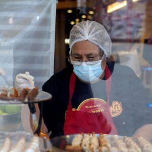 most-vaccinated-california-workers-have-to-keep-masks-on